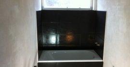 Indmuret badekar